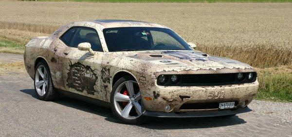 Dodge Challenger Avery Mad Max  design car wrapping Mad Max egyedi design autófóliázás