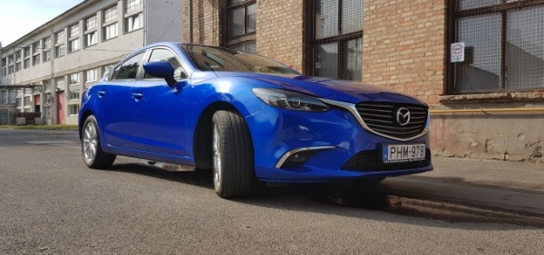 Mazda 6 autófóliázás 3m Cosmic blue car wrap wrapping folierung Bégé Design