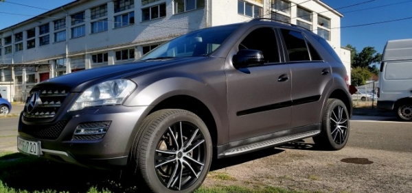 Mercedes GL 3m Satin dark grey autófóliázás car wrapping wrap folierung Bégé Design