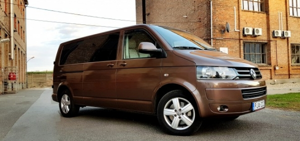 Volkswagen Transporter metallic brown car wrapping metál barna autófóliázás folierung bege.hu